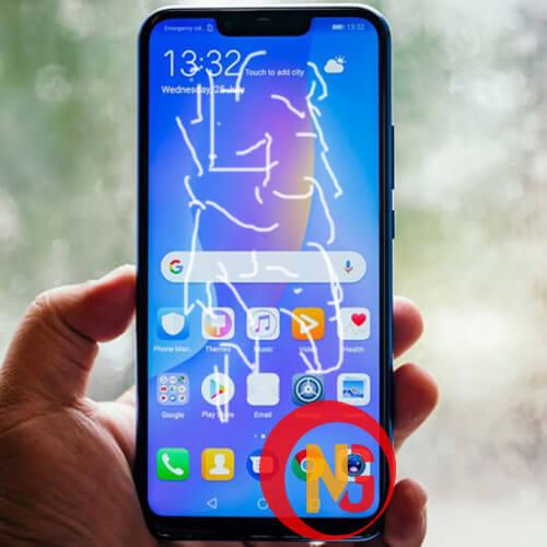 Huawei hở keo ố màu mặt kính